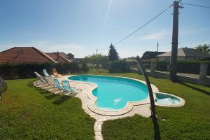 nr-150-villa-pirisi_16